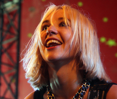 Joy_formidable13