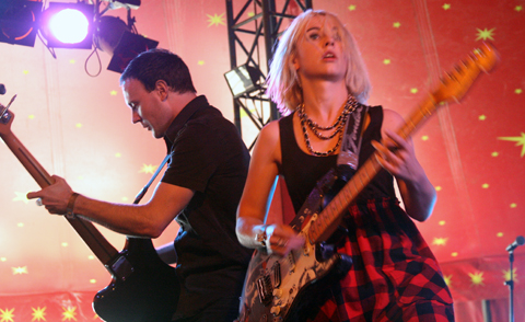Joy_formidable14