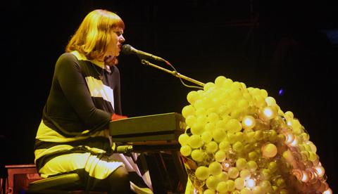 Kate-nash-08