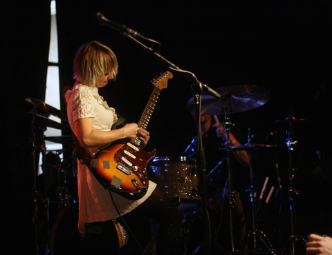 Joy-Formidable-06